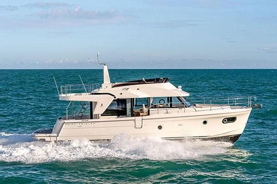 Swift Trawler 47 Swift Trawler 47 Boat